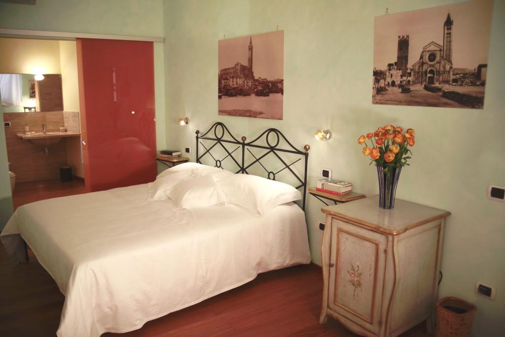 Camera Amore e Psiche letto